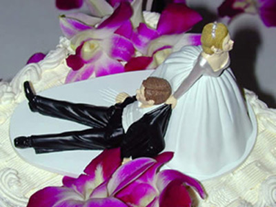 Drunk_groom_cake_topper
